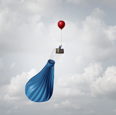 Image of blue hot air balloon replaced by red balloon